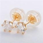 K18イエローゴールド 天然ダイヤモンドピアス 0.3ct シリコン製ダブルロックキャッチ仕様 定番人気商品
